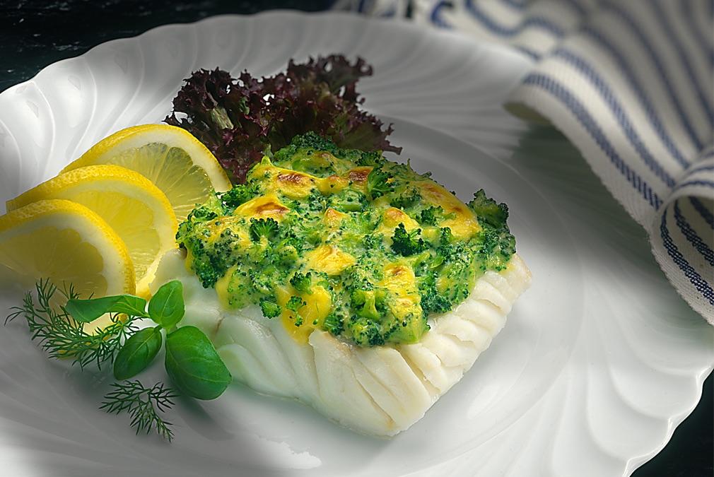 Fisch mit Broccoli-Auflage